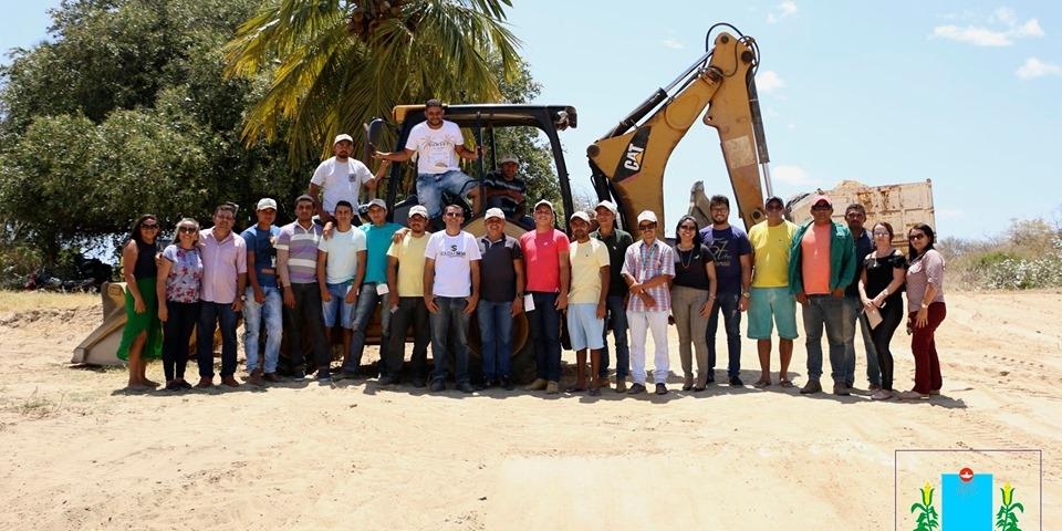 Prefeitura de Paraú, através da Secretaria de Agricultura e pesca concluiu  curso de operação e manutenção de retroescavadeira
